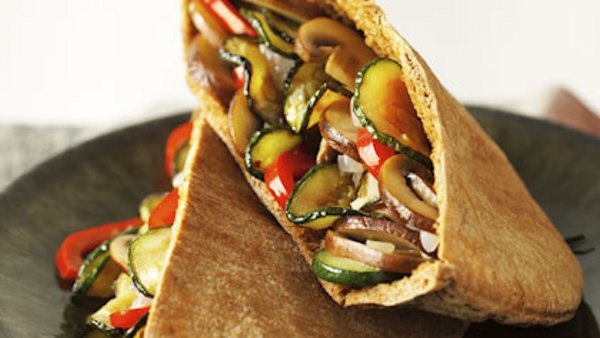 Vegan Lunch Recipe: Sauteed Vegetable Pita Sandwich