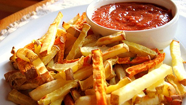 Vegan Recipe: Baked French Fries & Ketchup