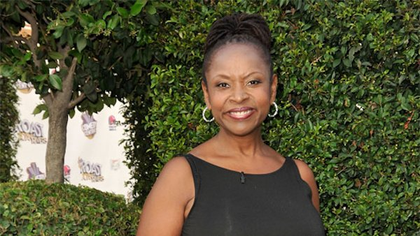 Robin Quivers to Release Vegan Cookbook in March