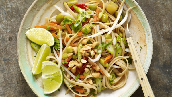 Vegan Thai Noodles Recipe From The Forks Over Knives Plan