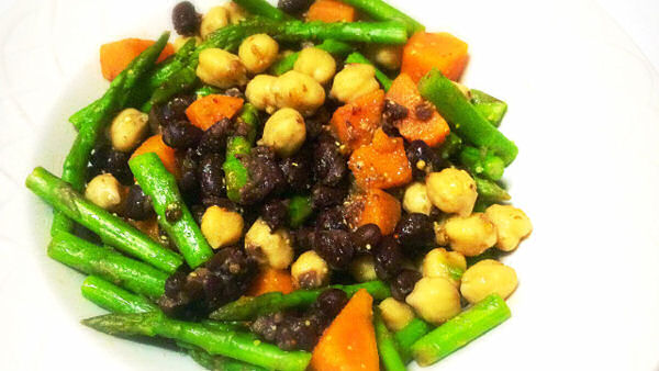 Vegan Recipe: Bean Salad with Asparagus and Sweet Potato