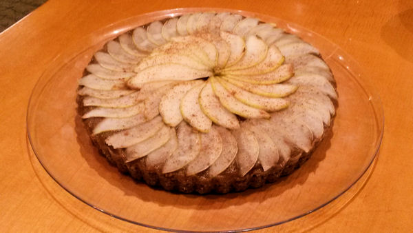Raw Vegan Dessert Recipe: Cinnamon Pear Tart