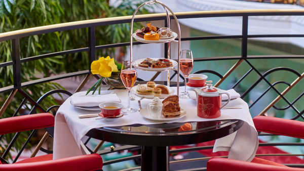 Vegan Goes 5 Star: Shangri-La Hotel, Paris Introduces 100% Vegan Afternoon Tea