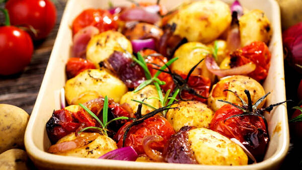 Vegan Recipe: Roasted Potatoes with Onions and Tomatoes