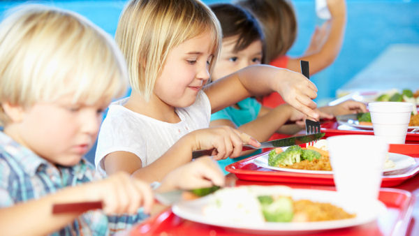 Plant-Based Meals Reduce School District's Costs and Carbon Footprint