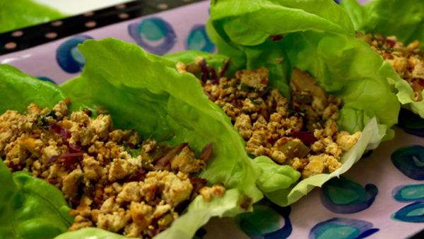 Vegan Recipe: Tofu Lettuce Wraps