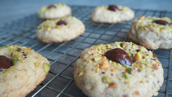Vegan Recipe: Dark Chocolate Pistachio Cookies