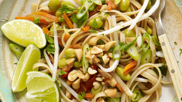 Vegan Recipe: Easy Thai Noodles