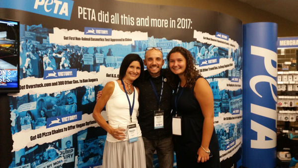 PETA's Vegan Mentor Program Offers One-On-One Support, Saving One Life At A Time